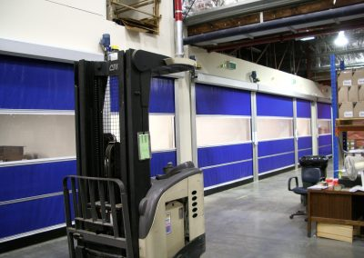 Tightly spaced high speed doors in airlock pharmaceutical project
