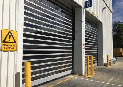 High speed sealing door