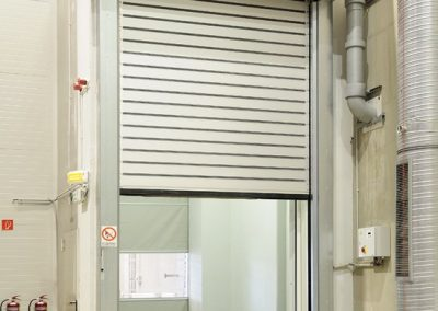 Insulated high speed doors