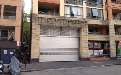 High speed door for apartments
