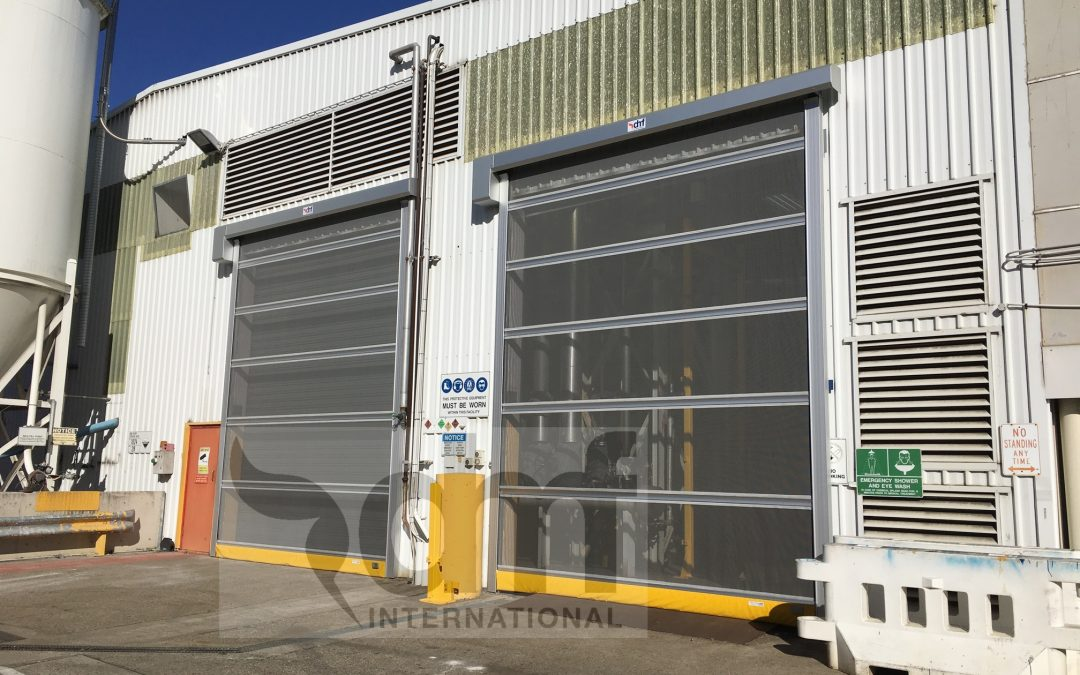 Rapid roll screen doors