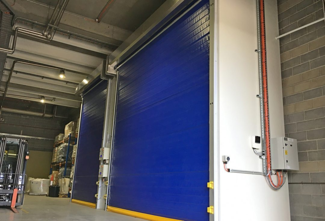 Coldsaver rapid roll door for chiller enclosure